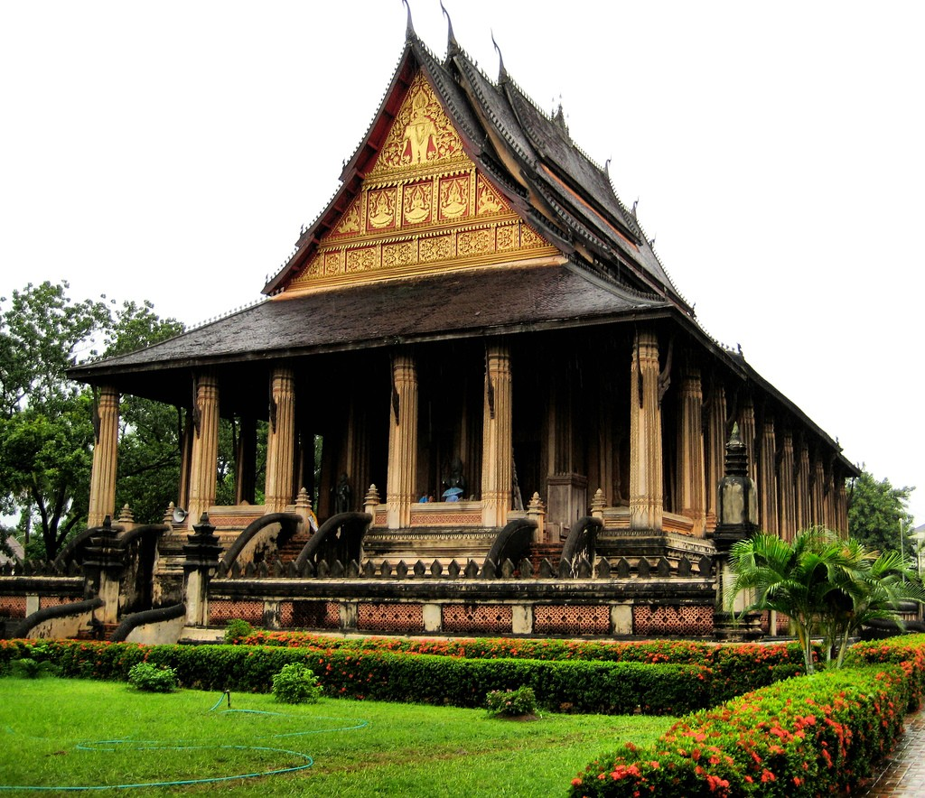 Expat dating i Laos