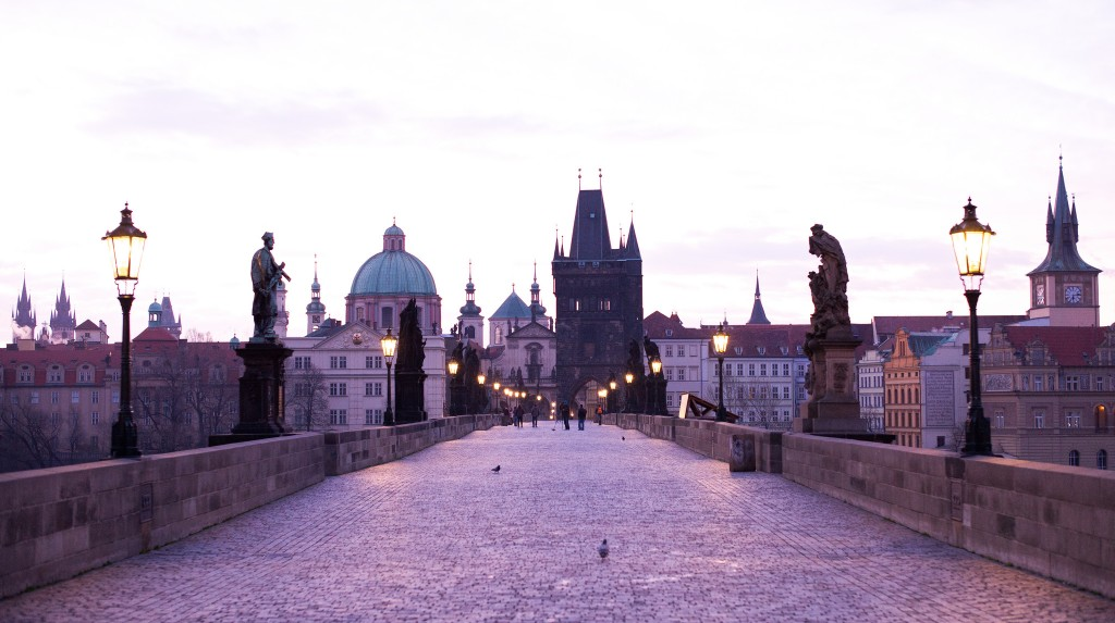 prague-sunrise