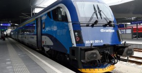 railjet-operated-by-cd