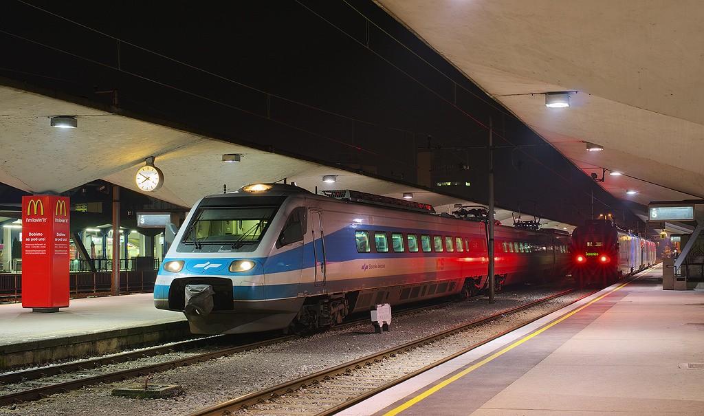 slovenia-train