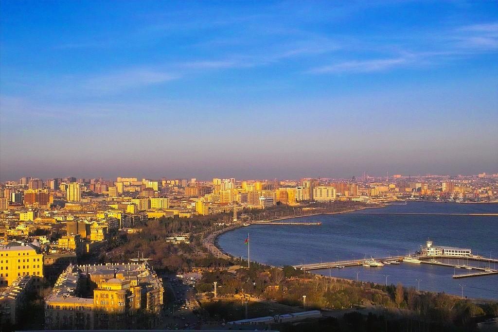 Average and Minimum Salary in Baku, Azerbaijan - Check in Price