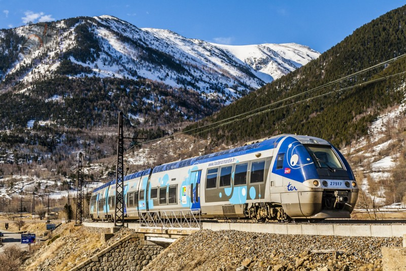 toulouse to andorra by train and bus check in price. Black Bedroom Furniture Sets. Home Design Ideas