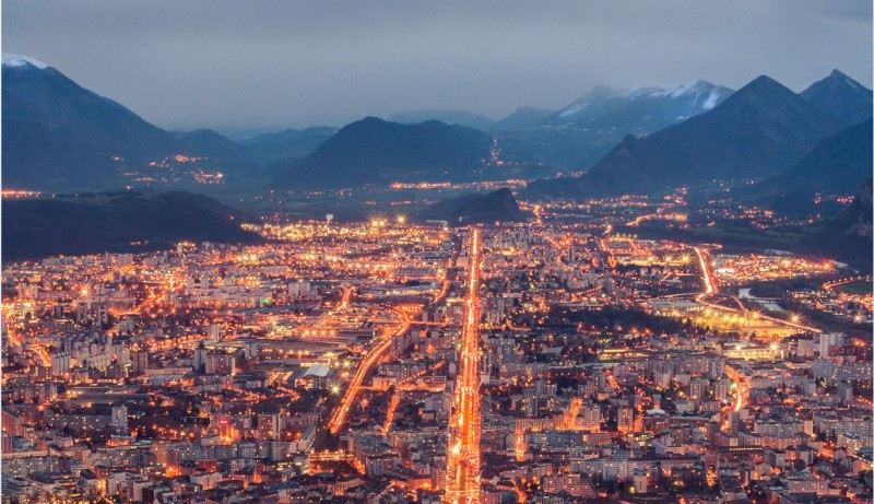 where to stay in grenoble