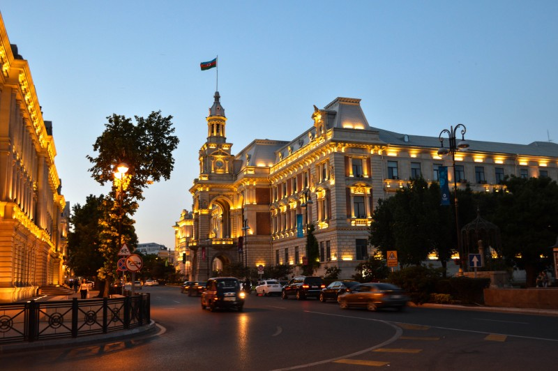 where to stay in Baku