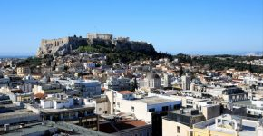 average minimum salary athens greece