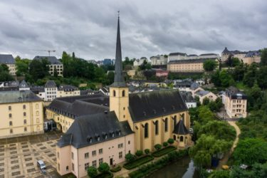 salary in luxembourg
