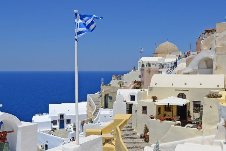 retire in greece