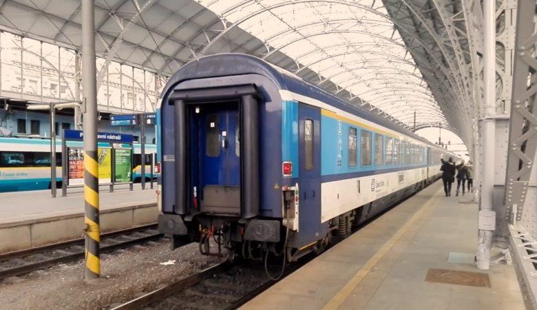 prague train