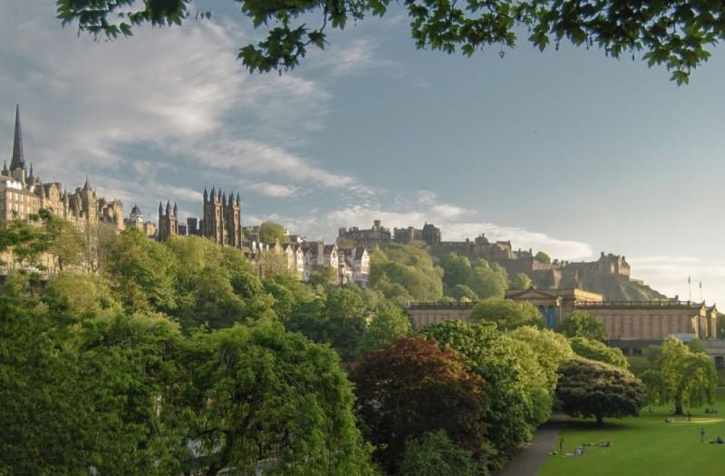 edinburgh scotland old town