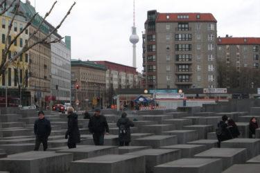 berlin to prague train bus plane