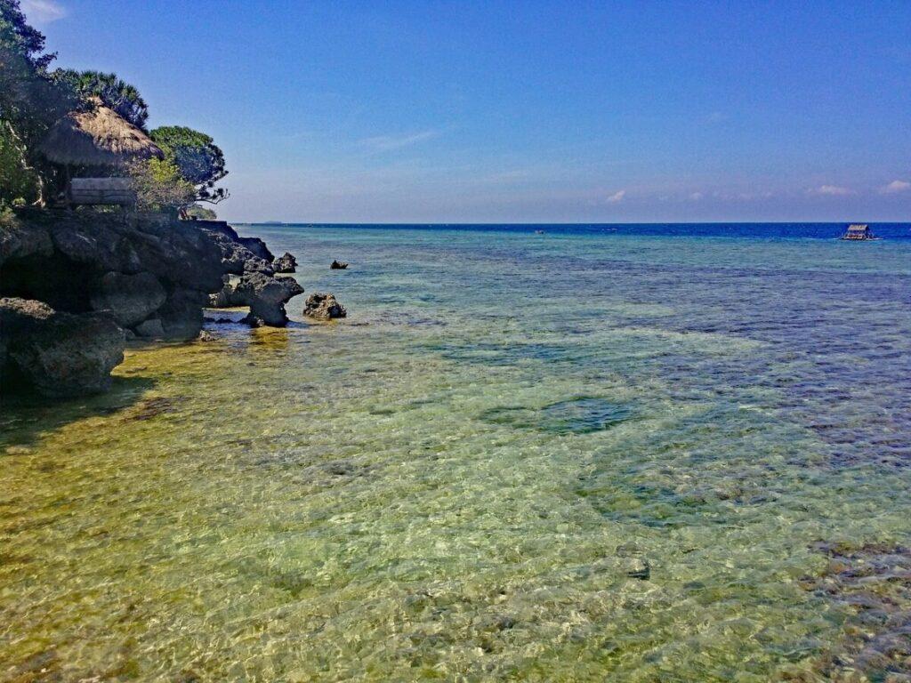 moalboal cebu beach