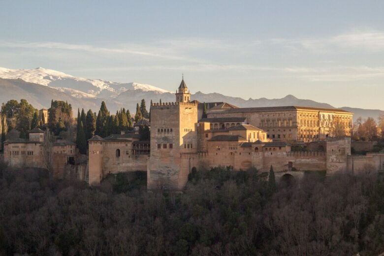 where to stay in granada alhambra