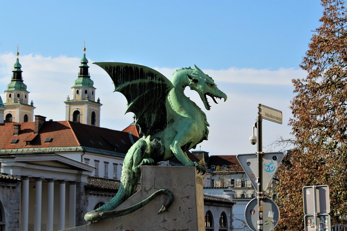 How To Travel By Train From London To Zagreb Split Dubrovnik Croatia
